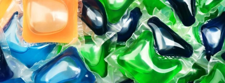 Geliniai skalbimo detergentai