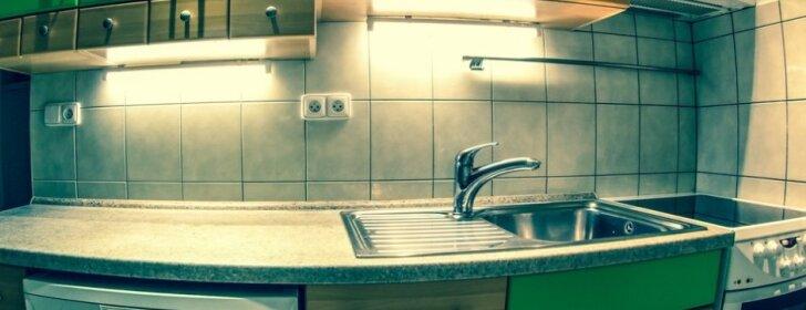 10 pigių būdų, kaip priversti virtuvę atrodyti prabangiai