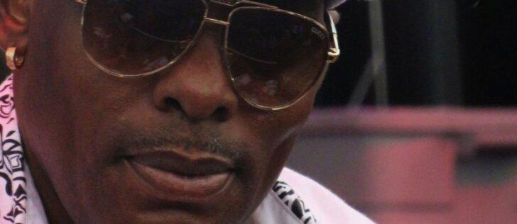 """""""Gangsta's Paradise"""" atlikėjas vėl įkliuvo policijos pareigūnams"""