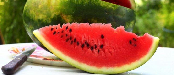 Arbūzo žievė ne tik valgoma, bet ir naudingesnė sveikatai už minkštimą