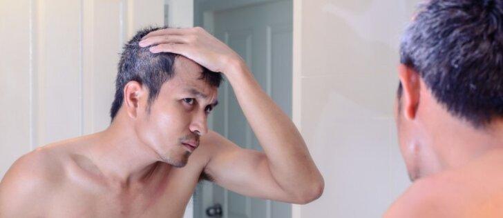 Kai plaukai ima žilti, kelio atgal nėra