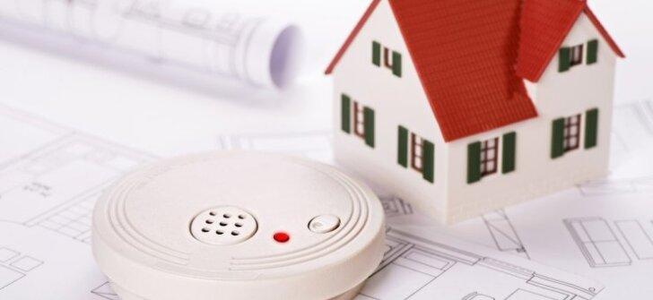 Dūmų detektorius: kodėl jis reikalingas ir kaip jį išsirinkti?