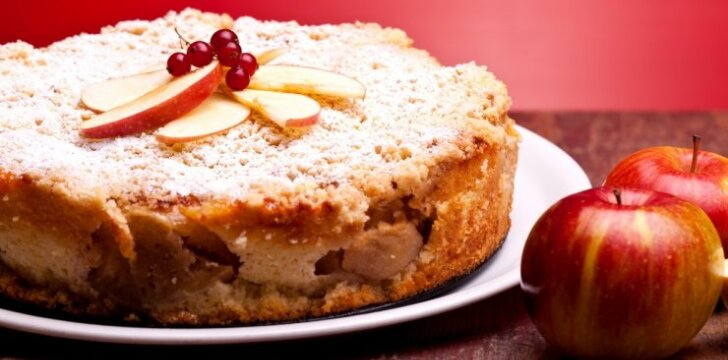 Obuolių pyragas: receptas, pasiteisinęs 100 proc.