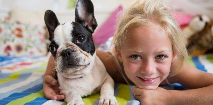 Koks gyvūnas tinkamiausias šeimai su vaikais