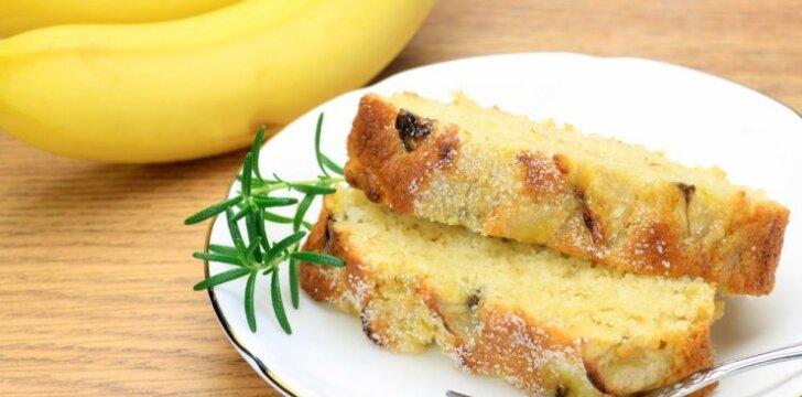 Greitas ir gardus bananų pyragas
