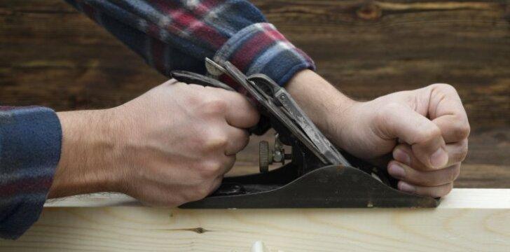 Obliuota mediena - pliusai, minusai ir rūšys