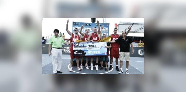 Lietuvos trijulių komanda pateko į pasaulio turo finalą