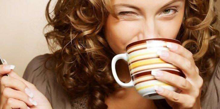 5 braškių kolektyvas išgers puodelį kavos už laimėtojų sveikatą ir dailesnes linijas.