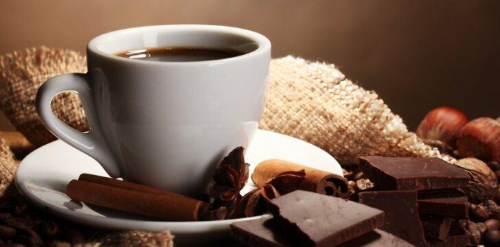 Karštas šokoladas - aromatingas gėrimas šaltą žiemos vakarą.
