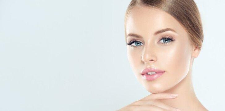 Kaip prižiūrėti odą, kad ryte veido nereikėtų maskuoti pudra