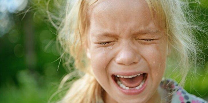 """<span style=""""color: #ff0000;"""">Vaikas pyksta:</span> kaip išmintingiausia elgtis tėvams"""