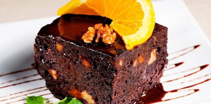 Nekeptas šokoladinis tortas