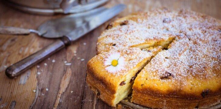 Puikusis varškės ir kriaušių pyragas