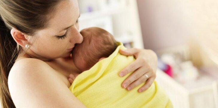 Gedinti motina perspėja: niekada neleiskite svetimiems bučiuoti jūsų vaiko