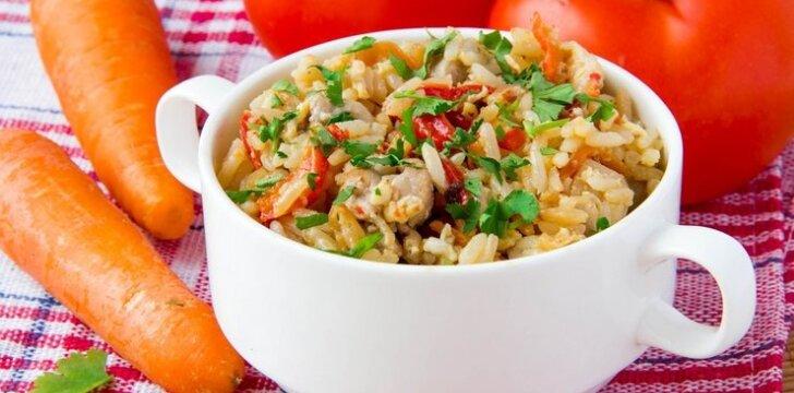 Daržovių mišrainė su ryžiais