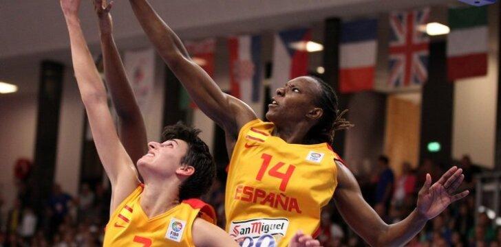 Alba Torrens ir Sancho Lyttle su Ispanijos rinktine tapo 2013 m. Europos čempionėmis