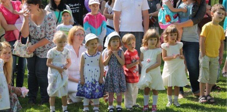 """Paauginti neišnešiotukai Vilniuje šventė vasarą <sup style=""""color: #ff0000;"""">FOTO</sup>"""