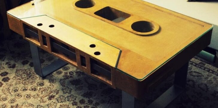 Darau pats: kasetės formos stalas