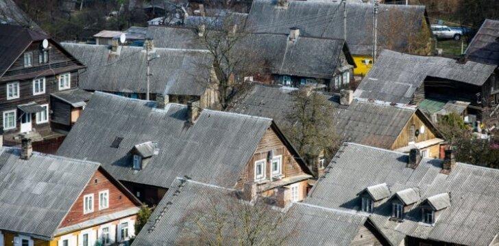 Kodėl neverta rinktis pigiausios stogo dangos