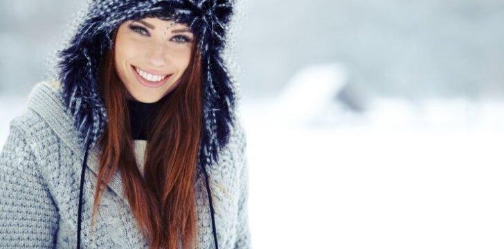 """Patarimai, kaip žiemą <span style=""""color: #ff0000;"""">išsaugoti spindinčią odą</span> <sup>+ LAIMĖTOJAI</sup>"""