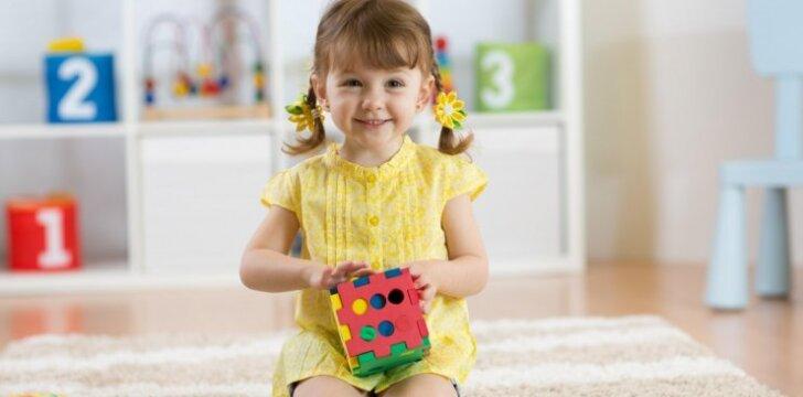 Kraustomės į kitus namus: patarimai vaikus auginantiems tėvams