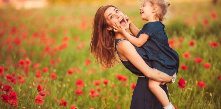 9 auksiniai patarimai, kaip auklėti vaikus jų nebaudžiant