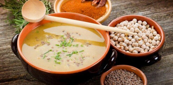 """<span style=""""color: #ff0000;"""">Daržovių sriuba</span>: ir labai skani, ir tirpdo riebalus"""