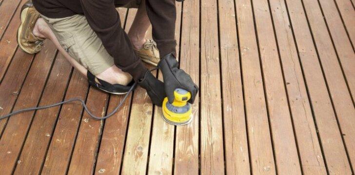 Atnaujiname medinę terasą – svarbiausi žingsniai