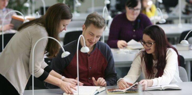 Renkiesi, kur studijuoti? Išbandyk absolventų karjeros stebėsenos įrankį