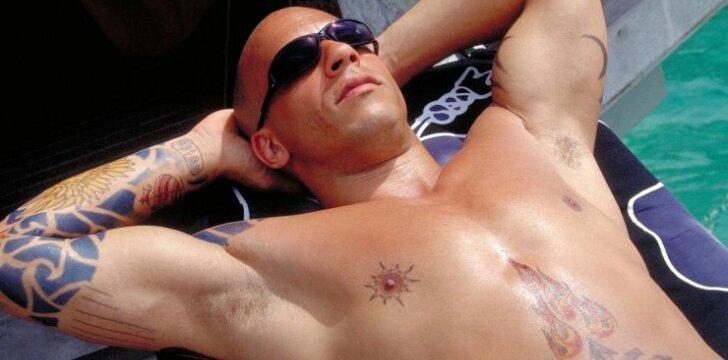 Vinas Dieselis (Markas Sinclairas). 2002 m.