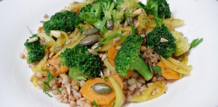 Lieknėjantiems - grikių salotos