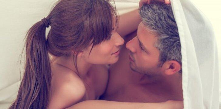 """Moters atsakas su sutuoktiniais mylėtis tinginčioms žmonoms: 5 priežastys, kodėl turėtum <span style=""""color: #ff0000;"""">TAI daryti <span style=""""color: #ff0000;"""">kasnakt</span></span>"""