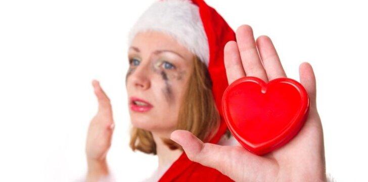 """<span style=""""color: #ff0000;"""">Vienišės Kalėdos</span>: ką daryti, kad šventės būtų linksmos"""
