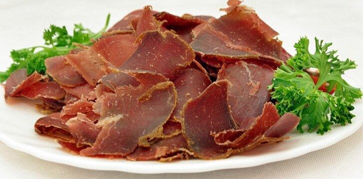 Naminė vytinta mėsytė – paprasta ir taip skanu!