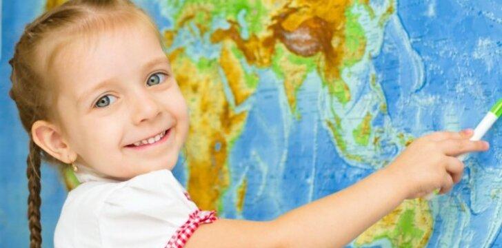 """Kada geriausia pradėti vaiką mokyti užsienio kalbos: <span style=""""color: #ff0000;"""">tiesa ir mitai</span>"""