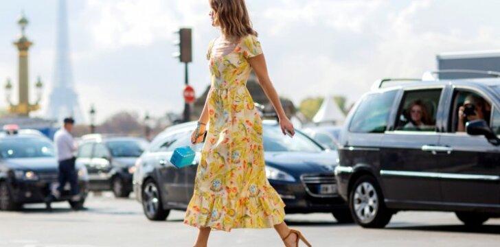 Fotografė Hanelli Mustaparta žino kaip vilkėti pavasarišką suknelę