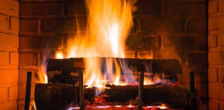 Kaip prižiūrėti židinį, kad gaisro rizika būtų mažesnė?