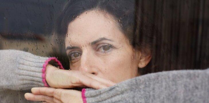 Po sunkios ligos palikta žmona: nesuprantu, kaip dėl kitos moters galima pamiršti savo vaikus
