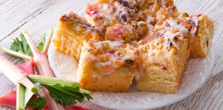 Saldus rabarbarų pyragas