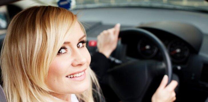 Kaip namų sąlygomis panaikinti blogą kvapą automobilyje: gaiva išsilaikys iki kelių savaičių