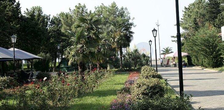 Batumyje labai gražiai sutvarkytos promenados