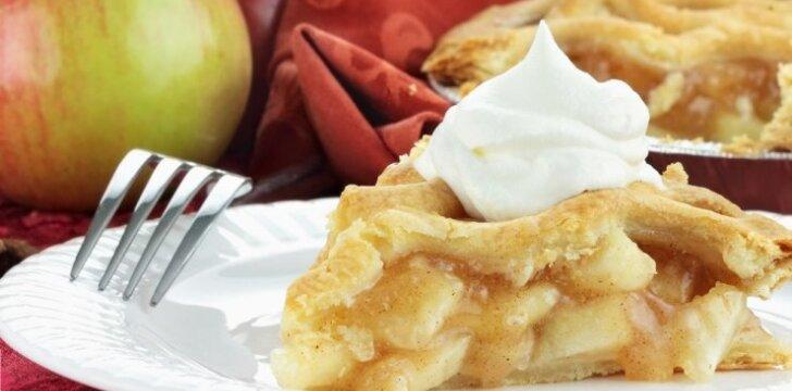 Visada pavykstantis obuolių pyragas - greitukas