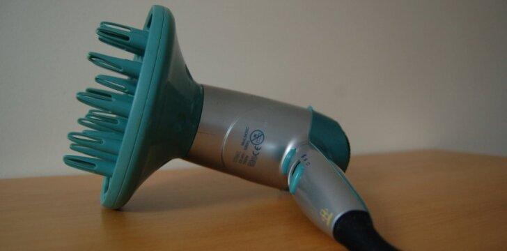 Sugedęs plaukų džiovintuvas - elektroninė atlieka