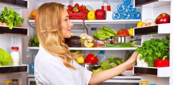 Ką daryti, kad šaldytuvas nesmirdėtų, o produktai išliktų švieži ilgiau?