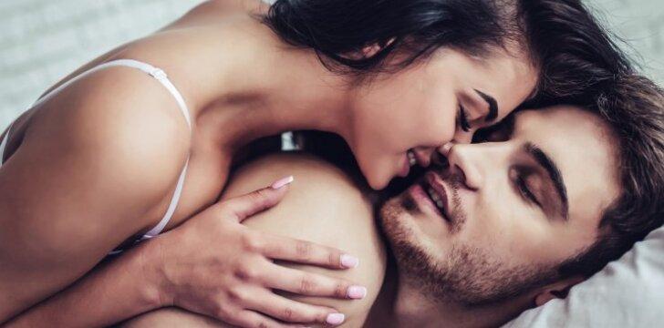 8 patarimai, padėsiantys grąžinti aistrą jūsų santykiams