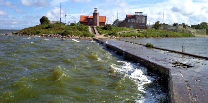 Ventės rago molo bangos