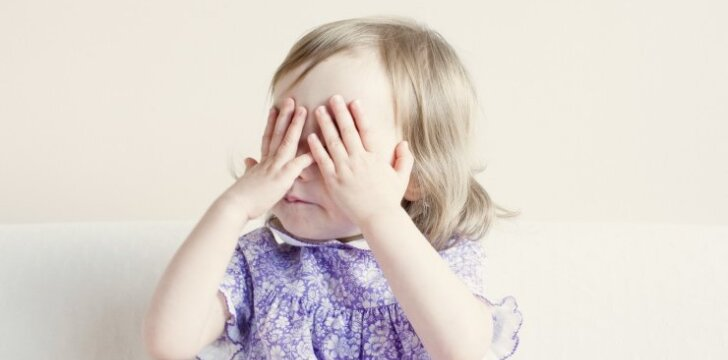 Vaiko akių uždegimas: priežastys ir gydymas