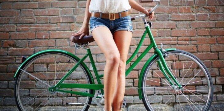 """Patarimai, norinčioms gražių ir <span style=""""color: #ff0000;"""">seksualių kojų</span>"""