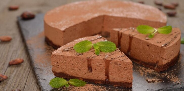 Nekeptas šokoladinis sūrio tortas