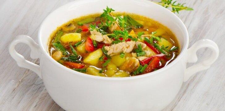 Vištienos sriuba su kariu